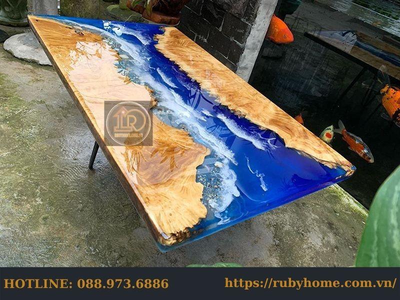 mặt bàn đổ keo epoxy