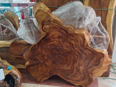 Xưởng sản xuất bàn gỗ me Tây uy tín hàng đầu ở Hà Nộ